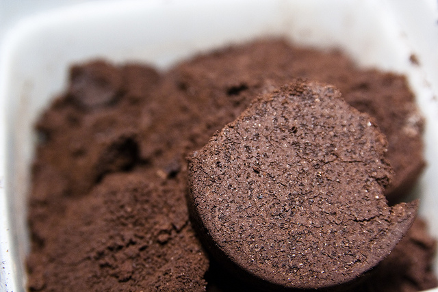 Why I freeze used coffee grounds?
